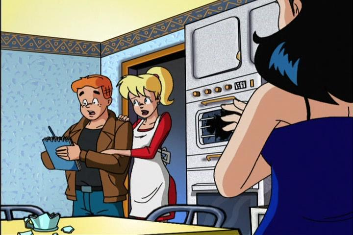 AWM-05-Attack-of-the-50-Foot-Veronica-44-Archie-Betty-Veronica