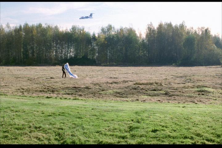Josie-film-038-pilot-plane