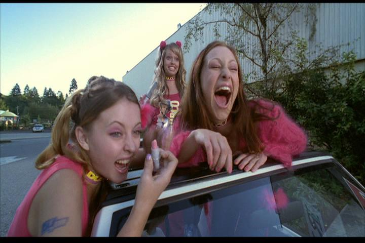 Josie-film-112-mean-girls-3
