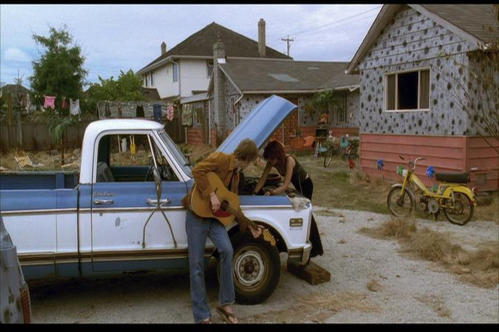 Josie-film-134-Alan-Josie-truck