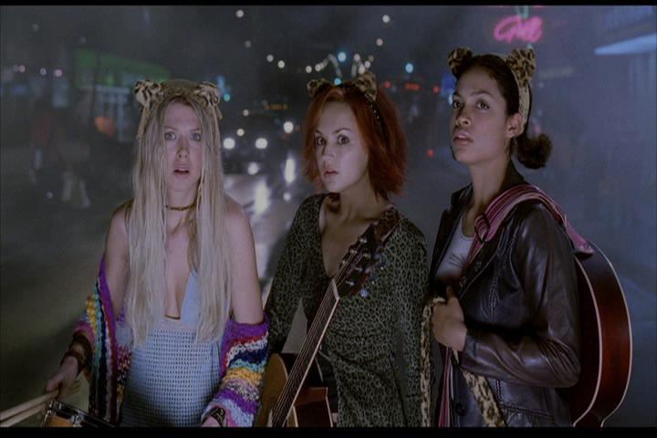 Josie-film-181-Pussycats-street