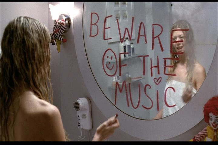Josie-film-326-Melody-mirror-2