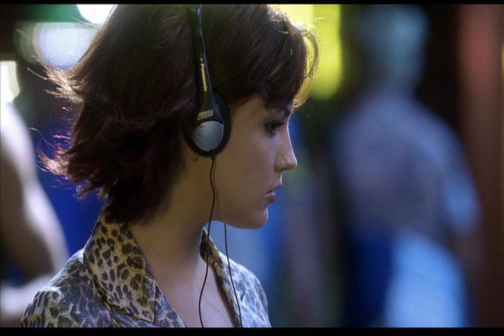 Josie-film-436-Josie-looks